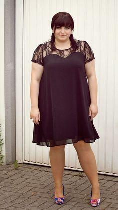 CONQUORE · The Fatshion Café   Fashion Plus Size Blog: Little Black Swing Dress