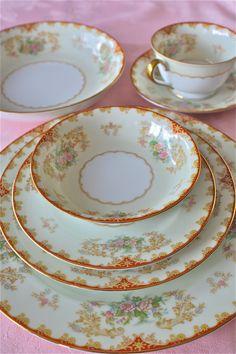 Noritake vintage floral china-Cardinal pattern-6 piece place setting