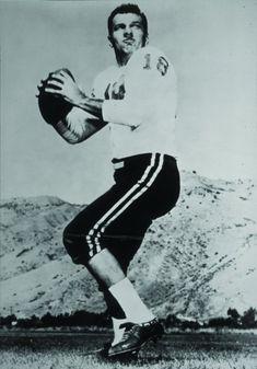 Frank Tripucka, first Denver Broncos QB, dies at 85 years old