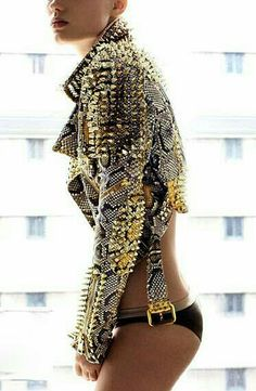 Celebrities who wear, use, or own Burberry Prorsum Studded Python Biker Leather Jacket. Also discover the movies, TV shows, and events associated with Burberry Prorsum Studded Python Biker Leather Jacket. Fashion Art, Fashion Week, Look Fashion, High Fashion, Womens Fashion, Fashion Trends, Unique Fashion, Luxury Fashion, Fashion Beauty