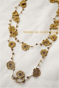oya crochet necklace Diy Jewelry Necklace, Wire Jewelry, Beaded Jewelry, Jewelery, Handmade Jewelry, Necklaces, Crochet Flowers, Crochet Lace, Knitted Necklace