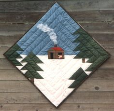 Log Cabin in the Snow quilt - site has free paper piecing tutorial / patterns, too Log Cabin Quilts, Log Cabin Quilt Pattern, Log Cabins, Mini Quilts, Small Quilts, Diy Quilt, Patchwork Quilt, Free Paper Piecing Patterns, Craft Patterns