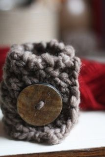 Knitted Bracelet (2 rows of K1 P1, 2 rows of P1 K1, repeat until you've got the length you need)