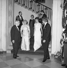 It was Jackie Kennedy who glamorized the White House State dinners and made Washington the most sought-after invitation in the world. With her charismatic husband, the President of the United State… Jacqueline Kennedy Onassis, Caroline Kennedy, John F Kennedy, Mount Vernon, George Washington, White House Dinner, Mom Died, John Junior, John Fitzgerald