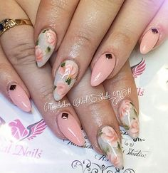 This Awesome Floral Nails Design Ideas 17 image is part from 30 Best Inspirations Floral Nail Art Design gallery and article, click read it bellow to see high resolutions quality image and another awesome image ideas. Cute Nail Art, Cute Nails, Pretty Nails, Manicure, Exotic Nails, Floral Nail Art, Dream Nails, Flower Nails, Gorgeous Nails