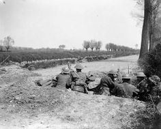 3rd May, 1918.. Argyll and Sutherland Highlanders, roadblock, Flores , France.