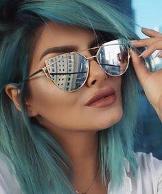 89d3aabc17ff9 A moda do óculos de sol espelhado está super em alta! te deixa mais moderno