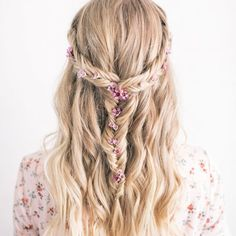 The Prettiest Festival Hairstyle