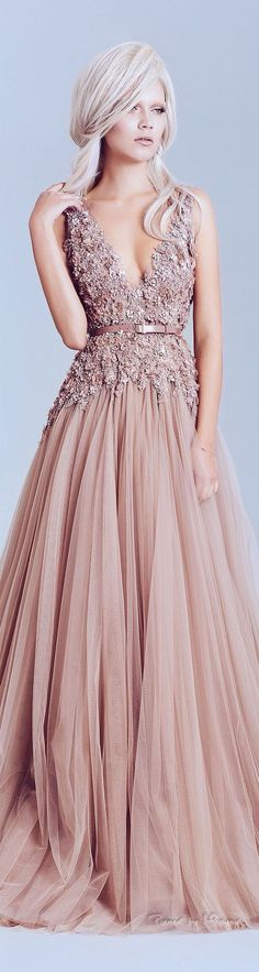 Fatin / tulle skirt  Bridal / evening dress Open back embroidered  Chic
