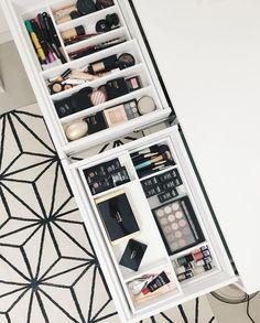 Organização de maquiagem