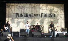 reading festival - funeral for a friend