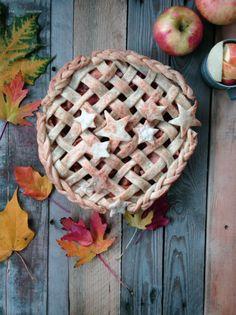 Ginger Apple Pie // The Haas Machine