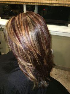 56 the famous trendy hair balayage medium highlights tips 00101 Medium Hair Styles, Short Hair Styles, Burgundy Hair, Hair Color And Cut, Auburn Hair, Layered Hair, Hair Today, Hair Dos, Balayage Hair