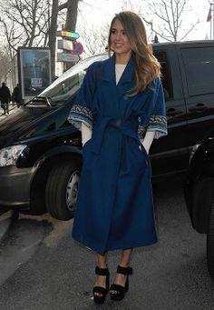 Jessica Alba in Kenzo coat