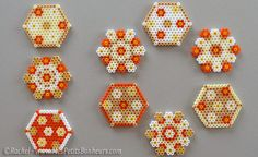 http://www.mespetitsbonheurs.com/bricolages-recettes-ou-collages-creatifs-pour-petits-ou-grands/