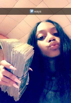 Mo Money, Money Tips, Thug Girl, Money On My Mind, Young And Rich, Gangster Girl, Rich Money, Rich Lifestyle, Black Girl Magic