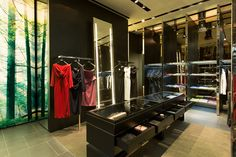 superfuture :: supernews :: abu dhabi: dsquared2 store opening