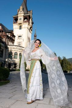 Romanian traditional costumes Part 1 Port national Traditional Trends, Traditional Dresses, Romanian Women, Romanian People, Folk Costume, Costumes, Dress Outfits, Fashion Dresses, Folk Clothing