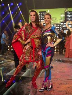 Chic e Fashion: Fernanda Lima usa Jorge Bischoff
