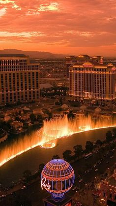 Las Vegas #awesome #places Visit www.hot-lyts.com to see more background images