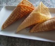 Recette PATE A CORNET par fany21 - recette de la catégorie Pâtisseries sucrées Thermomix Desserts, Snack Recipes, Snacks, Base, Tupperware, Macarons, Donuts, Ice Cream, Sweets