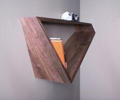 moderne Bücher Regal Dreieck Form