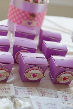 Party favors at a Doc McStuffins Party #docmcstuffins #partyfavors