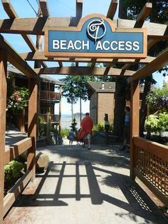 Tigh Na Mara Resort in Parksville offers beach access, tennis, pools, playgrounds, kids' programming, cabins, and more!