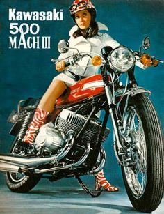 Vintage Motorcycles 627830004288676861 - Vintage Kawasaki 500 Mach III 3 Motorcycle T-Shirt. Classic Seventies Bike Advert Motorbike Tee B Source by pontviannechristine Kawasaki 500, Motos Kawasaki, Motos Yamaha, Kawasaki Motorcycles, Scrambler, Old School Art, Scooter Moto, Motard Sexy, Motorcycle Posters