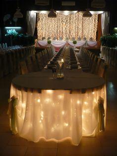 Esküvői helyszín Herceghalom Table Decorations, Furniture, Home Decor, Decoration Home, Home Furnishings, Interior Design, Home Interior Design, Tropical Furniture, Home Improvement