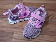 anak sepatu sneaker lampu pink import