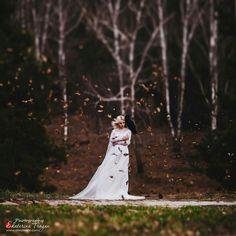 OKeyteam, арт, коллаж, портретная фотография, девушка, светлые волосы, свет, портрет, фэшн, свадебное платье, ворон, осень www.okeyteam.com