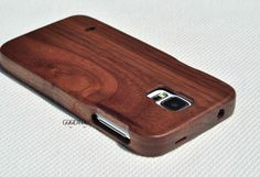 Hey, I found this really awesome Etsy listing at https://www.etsy.com/listing/190004995/real-wood-samsung-galaxy-s4-case-wood-s5