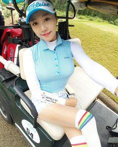 #동남아골프 하면 후덥지근 한데 베트남 #골프 시원하네♡ 어제는 최상의 날씨 초가을 날씨 오늘은 후반에 비가와서 그래도 따뜻♡ 한국처럼 바람이불어도 칼바람이 아니에요 내일은 비가 안와야할텐데 #퍼터 ㅜㅜ 안됨 내기에서 졌음 #그린 엄청느림♡뽀송뽀송 #한국 은 춥나? #golf#golfr#golfstagram