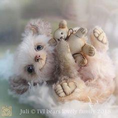 Juli By Iveta Rakova - Bear Pile