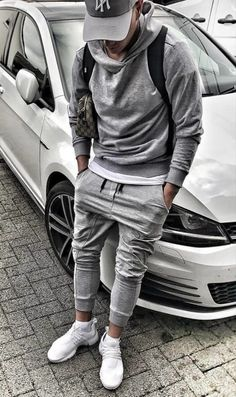 Gray jogging pants, cap, hoodie and white sneakers . perfect for the road to spo . - Sport Style for Men - Fashion Male, Sport Fashion, Mens Fashion, Fashion Shoot, Fashion Menswear, Fashion Ideas, Trendy Fashion, Fashion Inspiration, Men Hipster Fashion