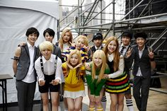 Amber and Red Velvet with SMRookies Exo Red Velvet, Wendy Red Velvet, K Pop, Red Valvet, Sm Rookies, Na Jaemin, Girl Day, Kpop Girl Groups, Latest Pics
