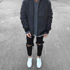 """3,276 mentions J'aime, 20 commentaires - STREETWEAR ☓ GERMANY (@streetwearde) sur Instagram : """"Rate this outfit from 1-10 #strwrde"""""""