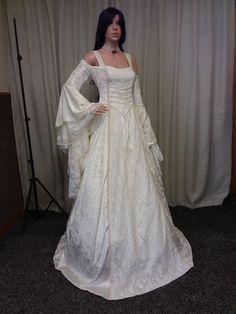 Boho wedding dress, fantasy wedding, Fae gown, medieval dress,elven wedding dress, steampunk wedding, cold shoulder dress, handfasting dress by Outlanderweddings on Etsy https://www.etsy.com/listing/562794331/boho-wedding-dress-fantasy-wedding-fae