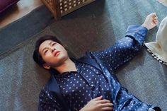 Asian Celebrities, Celebs, Soon Joong Ki, Korean Male Actors, Funny Picture Jokes, Taecyeon, Lee Dong Wook, Cute Memes, Korean Artist