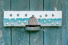 *THE GREEN GARDEN GATE*: DIFFERENT BEEHIVES WITH AMAZING CHARM