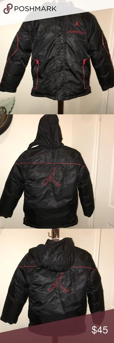 cb10677c8984c1 Jordan flight jacket Jacket is in great condition No rips No stains Smoke  free home Detachable