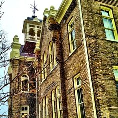 """@einarrice's photo: """"Side view of ACC #building #architecture #ic_architecture #windows #heritage #brick"""""""