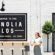 WE'RE HIRING! The Magnolia Market and Silos Baking Co. are hiring enthusiastic part-time and full-time associates. Apply to join our team through the link in profile. #MagnoliaMarket #SilosBakingCo #Wacotown Silos Baking Co, Bakery Store, Join Our Team, Magnolia Market, Chip And Joanna Gaines, Linked In Profile, Fixer Upper, How To Apply, Marketing