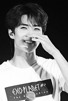 Image about cute in -⌢- Oh Sehun! You wanna go Sehun? Baekhyun Chanyeol, Sehun Oh, Sehun Cute, Foto Sehun Exo, Exo Kai, Kpop Exo, Kaisoo, Exo Ot12, Exo Memes
