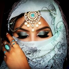 Srilankan Bridal MUA - Beauty Blogger For Appointments:077 669 5194  Snapchat: 'beautydosage'  jeeshan@beautydosage.com New Blog post