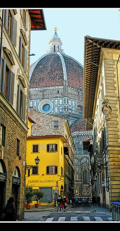 Firenze (Florence), capital of Toscana (Tuscany). Places Around The World, Oh The Places You'll Go, Places To Travel, Travel Destinations, Places To Visit, Places Worth Visiting, Travel Trip, Wonderful Places, Great Places