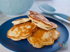 Delicious 5 ingredient pineapple pikelets (mini pancakes) that are perfect for the lunchbox and freezer friendly. Kidfriendly and so very yummy!