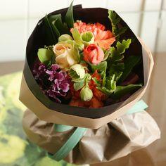 【3/1~3/31到着】バラとスカビオサのニースオレンジブーケ | 花・花束の通販、配送【花・フラワーギフトなら青山フラワーマーケット】