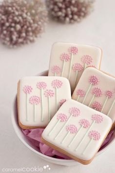 PomPom Flower Cookies~ By Caramel Cookies pink, square (Square Cake Decorating) Summer Cookies, Fancy Cookies, Iced Cookies, Easter Cookies, Cute Cookies, Cookies Et Biscuits, Cupcake Cookies, Cookie Favors, Heart Cookies